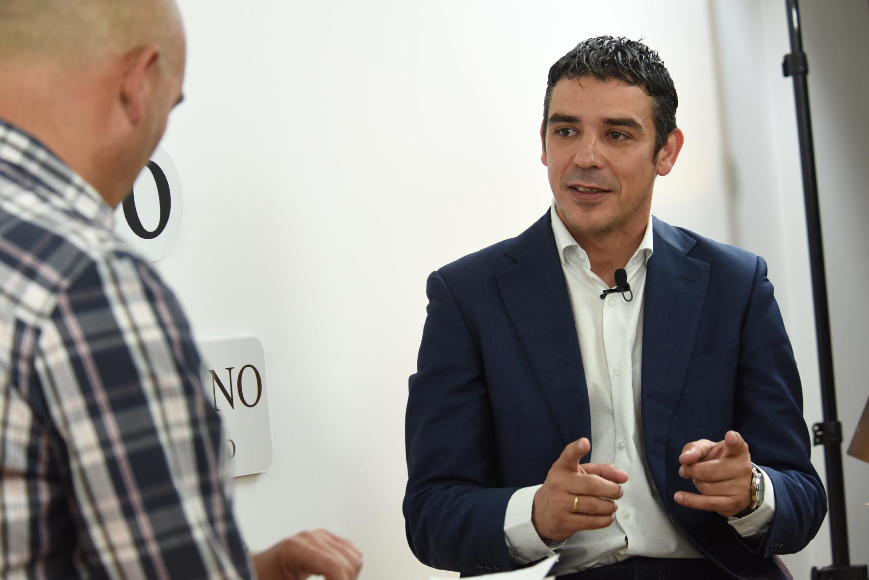 La Entrevista con Narvay Quintero