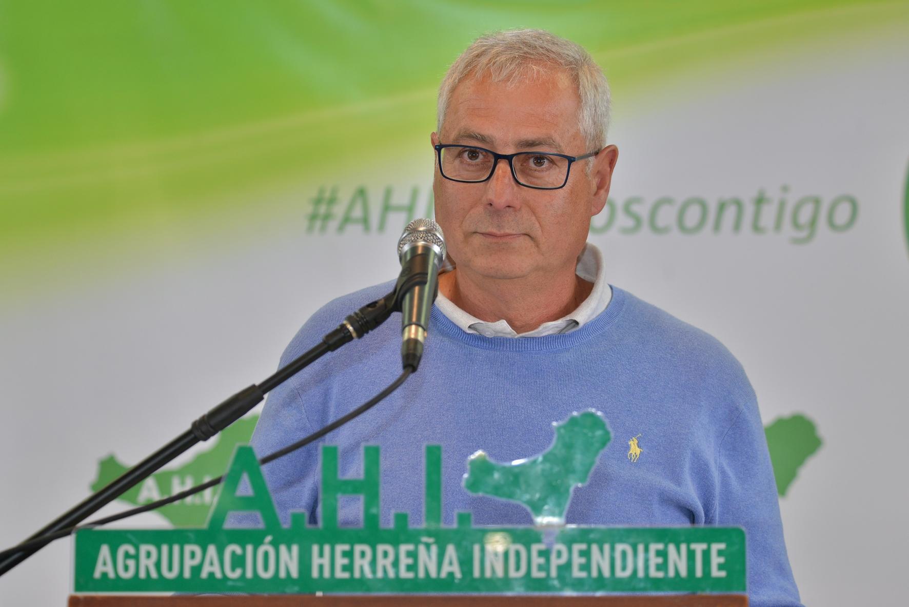 """AHI califica de """"solución chapucera"""" la contratación de un vigilante privado que hará labores de policía local en el municipio de El Pinar."""